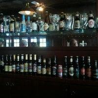 6/15/2012 tarihinde Mary G.ziyaretçi tarafından Amsterdam Ale House'de çekilen fotoğraf