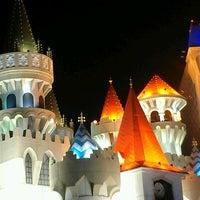 Foto scattata a Excalibur Hotel & Casino da Sothy P. il 8/17/2012