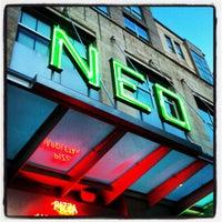 Das Foto wurde bei Neo von Sondra H. am 4/20/2012 aufgenommen