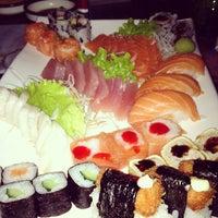 Photo prise au Anália Franco Sushi Lounge par Elly S. le7/15/2012