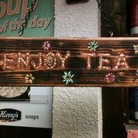 Foto scattata a Bella Rosa Coffeehouse da Rachel B. il 3/22/2012