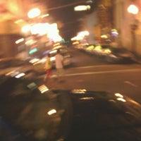 5/27/2012 tarihinde Bunmi A.ziyaretçi tarafından District Restaurant & Lounge'de çekilen fotoğraf