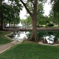 Photo prise au Theta Pond par Jodie R. le7/10/2012