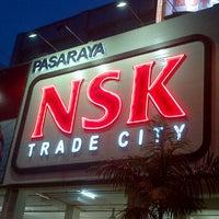 รูปภาพถ่ายที่ NSK Trade City โดย Yosh L. เมื่อ 9/7/2012