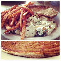 Photo prise au Pecan Creek Grille par Himmad K. le5/30/2012