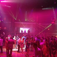 Foto scattata a Lava Nightclub at Turning Stone Resort Casino da Braheem K. il 7/8/2012