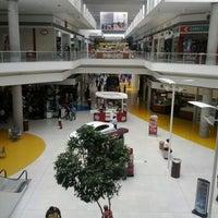 Das Foto wurde bei Centro Las Americas von Erik H. am 5/31/2012 aufgenommen