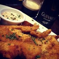 Foto tomada en Dublin's Irish Pub por Alex R. el 3/12/2012