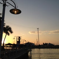 8/10/2012 tarihinde Thao N.ziyaretçi tarafından Kemah Boardwalk'de çekilen fotoğraf