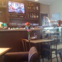 Das Foto wurde bei Cine Café von Marcelo A. am 2/2/2012 aufgenommen