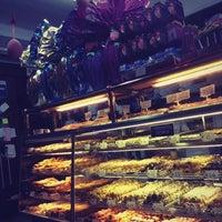 Снимок сделан в LaGuli Pastry Shop пользователем Bel R. 3/25/2012