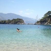 Das Foto wurde bei Ölüdeniz Tabiat Parkı von Ömer B. am 6/13/2012 aufgenommen