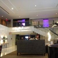 Foto scattata a Hotel Nikko San Francisco da Shally S. il 5/29/2012