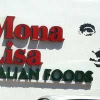 Photo prise au Mona Lisa Italian Restaurant par Catalina G. le4/15/2012