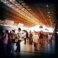 Foto tirada no(a) LRT 2 (Recto Station) por Gilbz A. em 5/24/2012