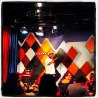 Foto tirada no(a) Carolines on Broadway por Manny L. em 6/8/2012