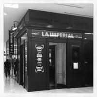 รูปภาพถ่ายที่ La Imperial โดย Jorge Aguayo C. เมื่อ 6/20/2012