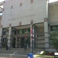 Das Foto wurde bei North Carolina Museum of History von Chris R. am 6/7/2012 aufgenommen