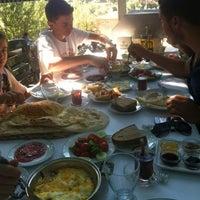 รูปภาพถ่ายที่ Çamaltı Restaurant โดย Tugce D. เมื่อ 8/25/2012