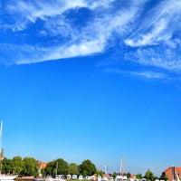 รูปภาพถ่ายที่ Werbeagentur VON DER SEE GmbH โดย Sebastian F. เมื่อ 8/1/2012
