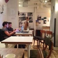 Das Foto wurde bei Flatplanet von David C. am 9/13/2012 aufgenommen