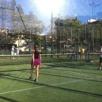 6/14/2012にSandra B.がClub de Raquetaで撮った写真