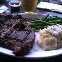 Снимок сделан в Saint Dane's Bar & Grille пользователем Diana T. 6/19/2012