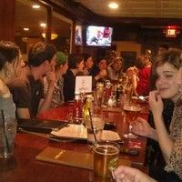 Das Foto wurde bei Bullfeathers von Gillian H. am 4/23/2012 aufgenommen