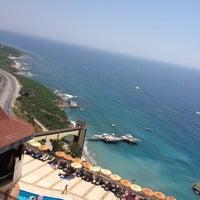 รูปภาพถ่ายที่ Utopia World Hotel โดย Юлия💝💝 П. เมื่อ 7/6/2012