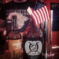 Foto tirada no(a) Dark Matter Coffee (Star Lounge Coffee Bar) por Andy S. em 6/13/2012
