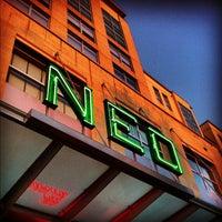 Das Foto wurde bei Neo von Samantha J. am 4/22/2012 aufgenommen
