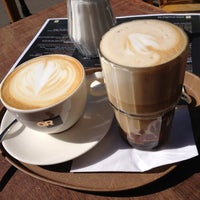 รูปภาพถ่ายที่ OR Coffee Bar โดย Maaike M. เมื่อ 3/26/2012