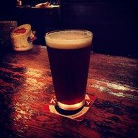 Das Foto wurde bei World Beer Pub & Foods BULLDOG von Shin K. am 5/3/2012 aufgenommen