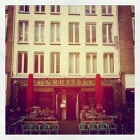 Das Foto wurde bei Cafe Restaurant Piet de Gruyter von Allard am 4/23/2012 aufgenommen
