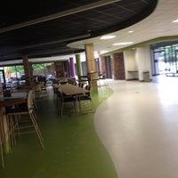 Foto scattata a McHenry County College da Kandice V. il 8/13/2012