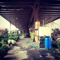 Das Foto wurde bei Urban Garden Center von Jacob C. am 4/22/2012 aufgenommen