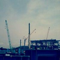Снимок сделан в Mong Duong Power Plant Site пользователем Lê K. 5/22/2012