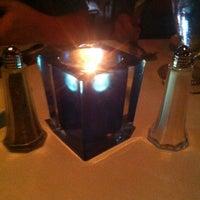 Das Foto wurde bei Nicola's von Ashlee T. am 6/15/2012 aufgenommen