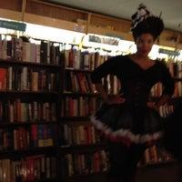 Снимок сделан в Brookline Booksmith пользователем Betty W. 7/3/2012