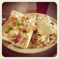 Foto scattata a Sarkis Cafe da Scott D. il 4/2/2012