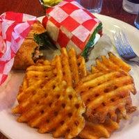 4/17/2012にJohanna P.がIgloo Cafeで撮った写真