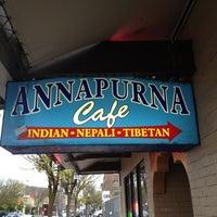4/25/2012에 Mitchell E.님이 Annapurna Cafe에서 찍은 사진