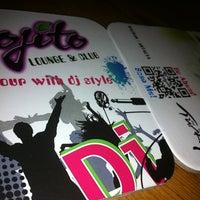 รูปภาพถ่ายที่ Mojito Lounge & Club โดย Resul A. เมื่อ 5/29/2012