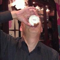 3/3/2012にGary L.がMax Brenner Chocolate Barで撮った写真