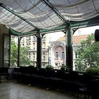 รูปภาพถ่ายที่ Mai Manó Gallery and Bookshop โดย Gabor C. เมื่อ 7/21/2012