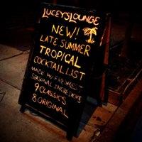 Das Foto wurde bei Lucey's Lounge von Boy_Lucey am 7/21/2012 aufgenommen