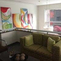 Foto tomada en Hotel Novit por Luis E. M. el 6/21/2012