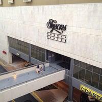 Снимок сделан в Tysons Corner Center пользователем Ada G. 4/28/2012