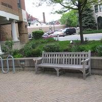 4/27/2012 tarihinde The University of Scrantonziyaretçi tarafından Hyland Hall (University of Scranton)'de çekilen fotoğraf