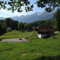 Das Foto wurde bei Swiss Open-Air Museum Ballenberg von Tristan am 6/2/2012 aufgenommen